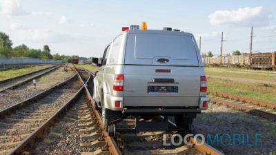 Вид сзади локомобиля УАЗ ПИКАП