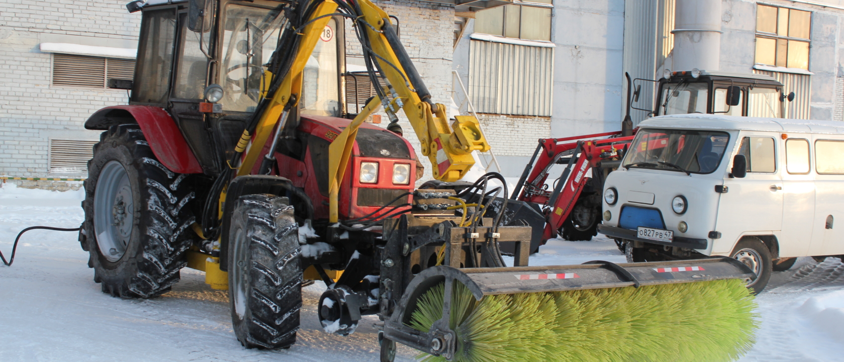 механическая дорожная щетка рельсового трактора РЕТРАК-92П